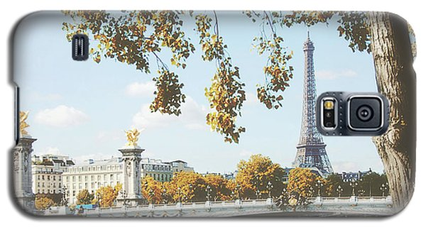 Galaxy S5 Case featuring the photograph A Stroll Along The River Seine In Paris by Ivy Ho