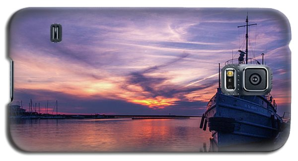 A Tugboat Sunset Galaxy S5 Case