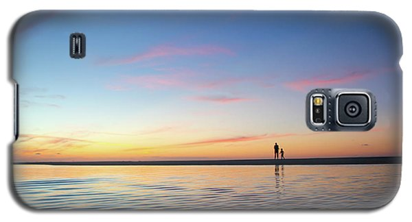 A Twilight Beach Walk Galaxy S5 Case