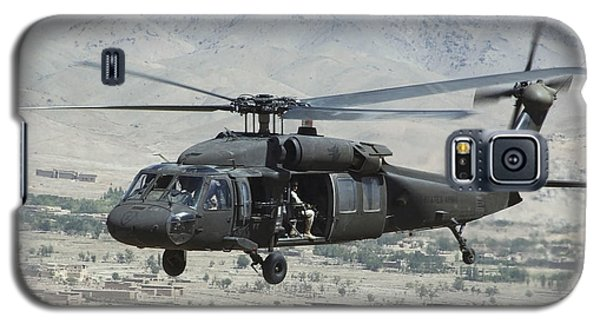 A Uh-60 Blackhawk Helicopter Galaxy S5 Case