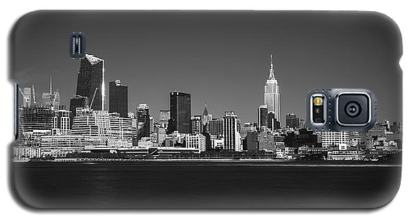 A View From Across The Hudson Galaxy S5 Case by Eduard Moldoveanu