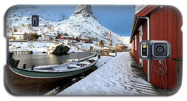 Galaxy S5 Case featuring the photograph A Village Lofoten by Dubi Roman