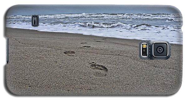 A Walk On The Beach Galaxy S5 Case