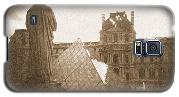 A Walk Through Paris 16 Galaxy S5 Case by Mike McGlothlen