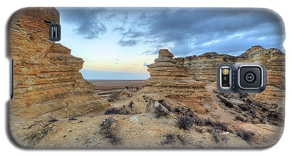 Galaxy S5 Case featuring the photograph A Western Kansas Sunrise by JC Findley