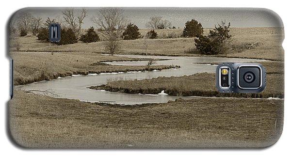 A Winding Creek In Winter As Geese Fly Overhead Galaxy S5 Case