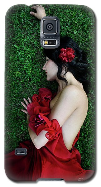 A Woman Sleeping On The Grass In A Red Dress Galaxy S5 Case