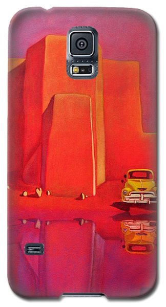 Galaxy S5 Case featuring the painting A Yellow Truck With A Red Moon In Ranchos by Art West