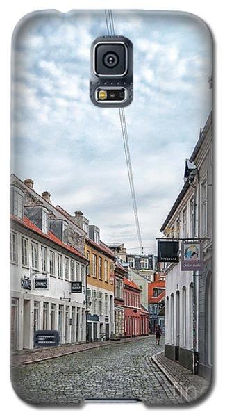 Galaxy S5 Case featuring the photograph Aarhus Backstreet Scene by Antony McAulay