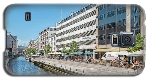 Galaxy S5 Case featuring the photograph Aarhus Canal Activity by Antony McAulay