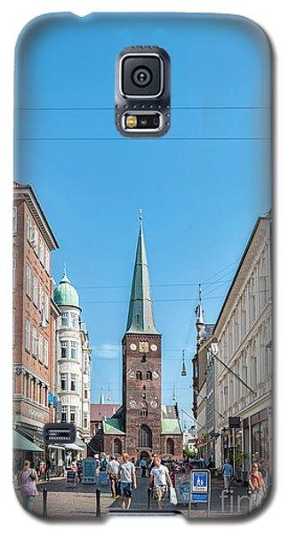 Galaxy S5 Case featuring the photograph Aarhus Street Scene by Antony McAulay