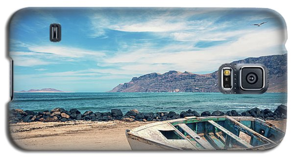 Canary Galaxy S5 Case - Abandoned Boat by Delphimages Photo Creations