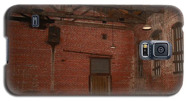 Abandoned Brick Warehouse Galaxy S5 Case by Ronald Olivier