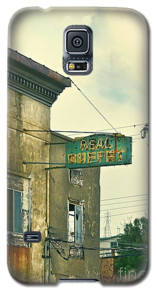 Galaxy S5 Case featuring the photograph Abandoned Building by Jill Battaglia