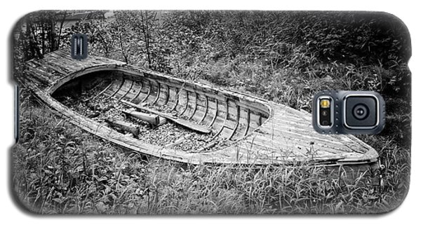 Galaxy S5 Case featuring the photograph Abandoned Wooden Boat Alaska by Edward Fielding