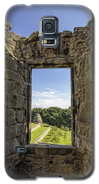 Galaxy S5 Case featuring the photograph Aberdour Castle by Jeremy Lavender Photography