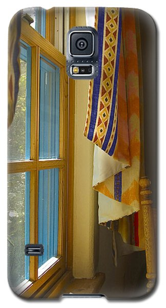 Galaxy S5 Case featuring the photograph Abiquiu Window by R Thomas Berner