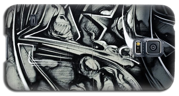 Abstract Graffiti Detail On The Textured Fence Galaxy S5 Case