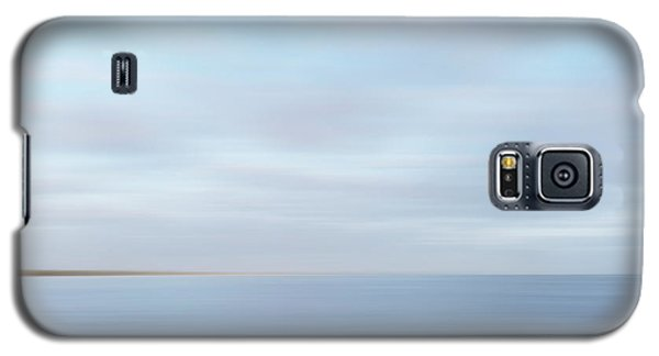 Galaxy S5 Case featuring the photograph Abstract Seascape by Ivy Ho