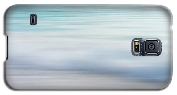 Galaxy S5 Case featuring the photograph Abstract Wave Photograph by Ivy Ho