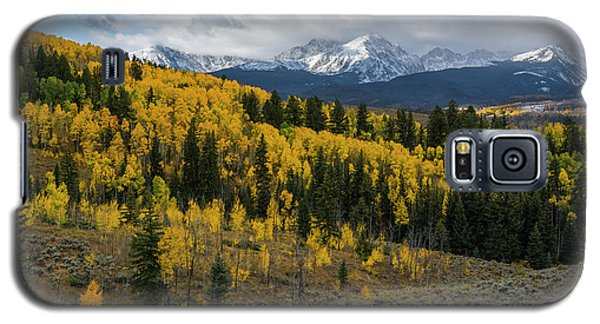 Galaxy S5 Case featuring the photograph Acorn Creek Autumn by Aaron Spong
