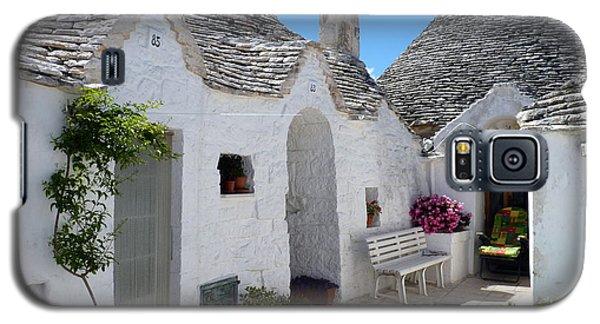 Alberobello Courtyard With Trulli Galaxy S5 Case