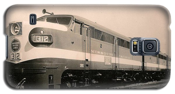 Alcoa Ge Freight Locomotive Galaxy S5 Case by Lawrence Christopher