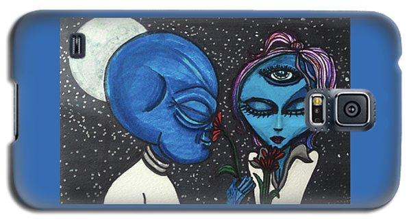 Aliens Love Flowers Galaxy S5 Case by Similar Alien