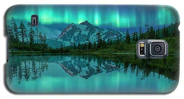 Galaxy S5 Case featuring the photograph All In My Mind by Jon Glaser