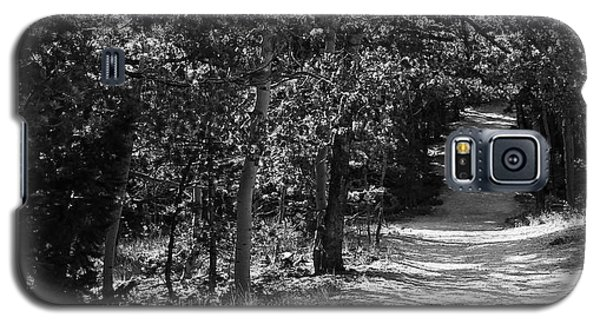 Galaxy S5 Case featuring the photograph Along The Barr Trail by Christin Brodie