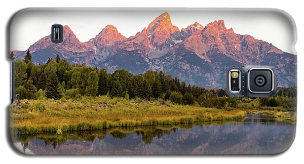 Galaxy S5 Case featuring the photograph Alpen Glow by Mary Hone