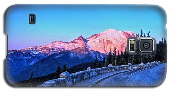 Alpenglow At Mt. Rainier Galaxy S5 Case