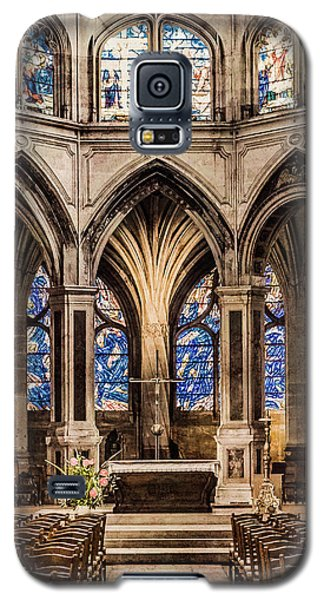 Galaxy S5 Case featuring the photograph Paris, France - Altar - Saint-severin by Mark Forte