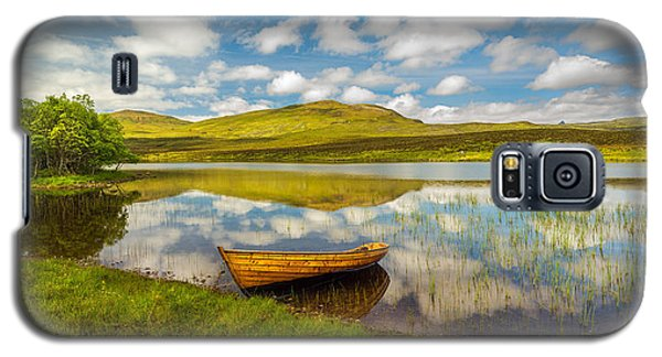 Galaxy S5 Case featuring the photograph Amazing Scotland by Maciej Markiewicz