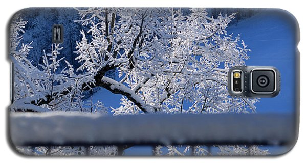 Galaxy S5 Case featuring the photograph Amazing - Winterwonderland In Switzerland by Susanne Van Hulst