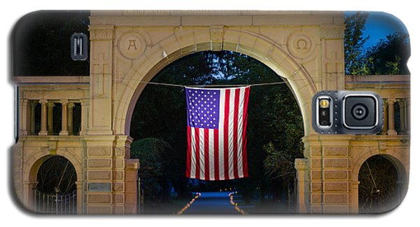 American Flag At Cemetery Gates - Mystic Ct Galaxy S5 Case
