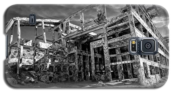 Galaxy S5 Case featuring the photograph American Flat Mill Virginia City Nevada by Scott McGuire