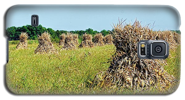 Galaxy S5 Case featuring the photograph Amish Harvest by Cricket Hackmann