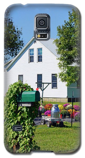 Galaxy S5 Case featuring the photograph Amish House With Mums by Cricket Hackmann