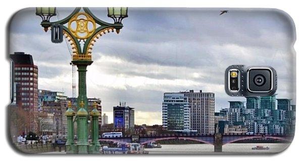 London Galaxy S5 Case - An Empty Westminster Bridge • #london by Carlos Alkmin