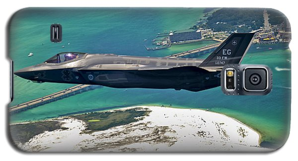 An F-35 Lightning II Flies Over Destin Galaxy S5 Case