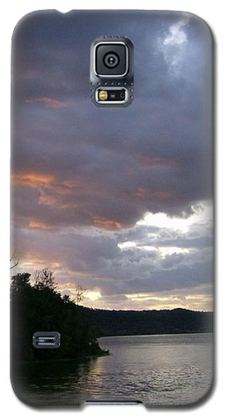Galaxy S5 Case featuring the photograph An Ohio River Valley Sunrise by Skyler Tipton