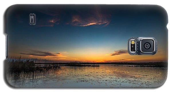 Galaxy S5 Case featuring the photograph Anahuac Sundown by Allen Biedrzycki