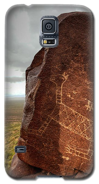 Ancient Petroglyph At Three Rivers Petroglyph Site Galaxy S5 Case