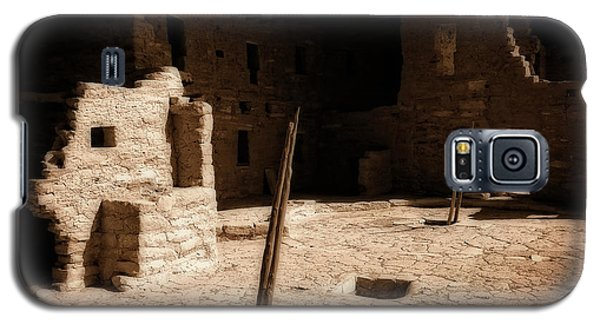 Galaxy S5 Case featuring the photograph Ancient Sanctuary by Kurt Van Wagner