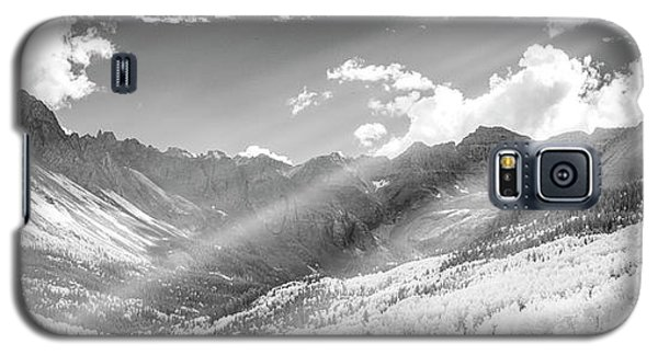 Galaxy S5 Case featuring the photograph And You Feel The Scene by Jon Glaser