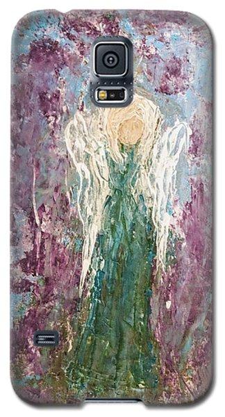 Angel Draped In Hydrangeas Galaxy S5 Case