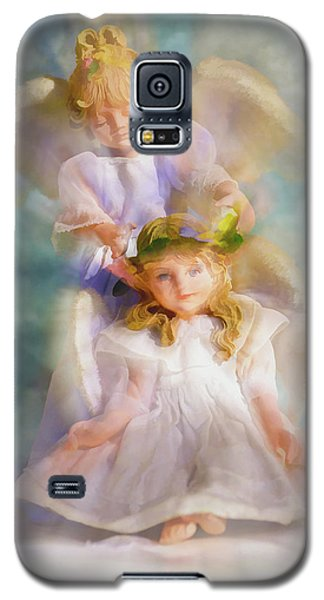 Galaxy S5 Case featuring the digital art Angelic by Tom Druin