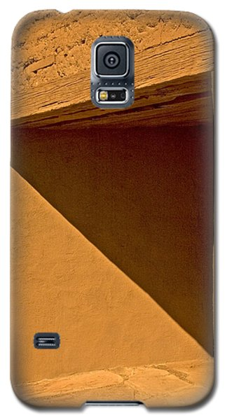 Galaxy S5 Case featuring the photograph Angles by R Thomas Berner