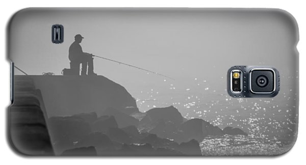 Angling In A Fog  Galaxy S5 Case by Bill Pevlor